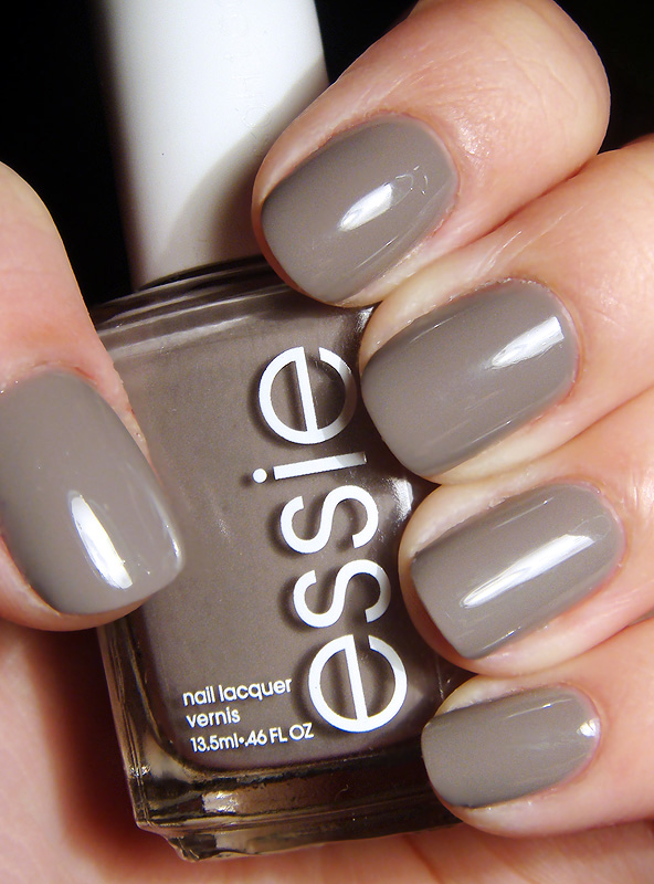essie chinchilly.jpg