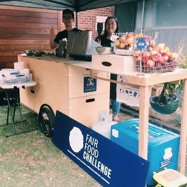 Coming in for Carnival Day? Stop off at The UniCycle on the top of Monash Rd (near the Swanson St tram stop) and grab a free vegan pancake with delicious homemade plum sauce, have a chat to the new student precinct ambassadors and refresh yourself with a honey and thyme cordial. 🚲🥞🍎🍇🍓☀️ • • • #cook #eat #cooking #cookingskills #learn #uni #university #localfood #localfoodmovement #oweek #unimelb #melbuni  #healthyfood #igvegan #vegetarian #soup #brainfood #library #nomnom #foodie #bike #bicycle #bikekitchen #foodcart #biketrailer #newstudentprecinct #pancakes