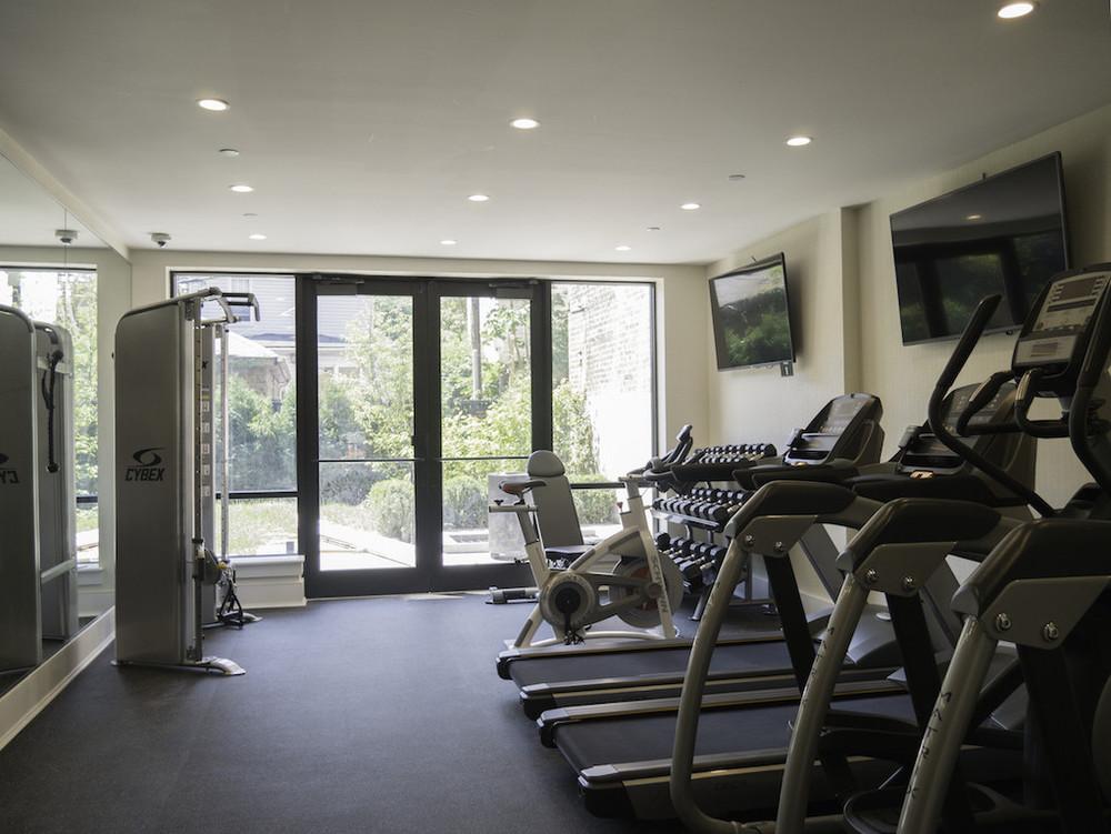 6 - Free Private Gym.jpg