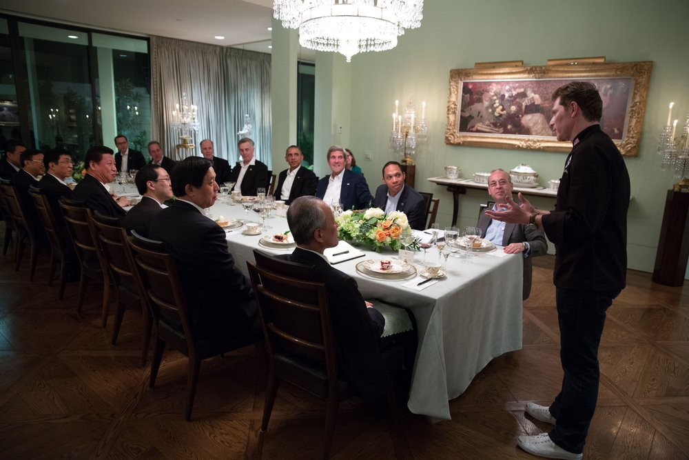 Chef Bobby Flay serves American barbeque at a working dinner between President Barack Obama and President Xi Jinping of the People's Republic of China in Rancho Mirage, California. Image courtesy U.S. Department of State