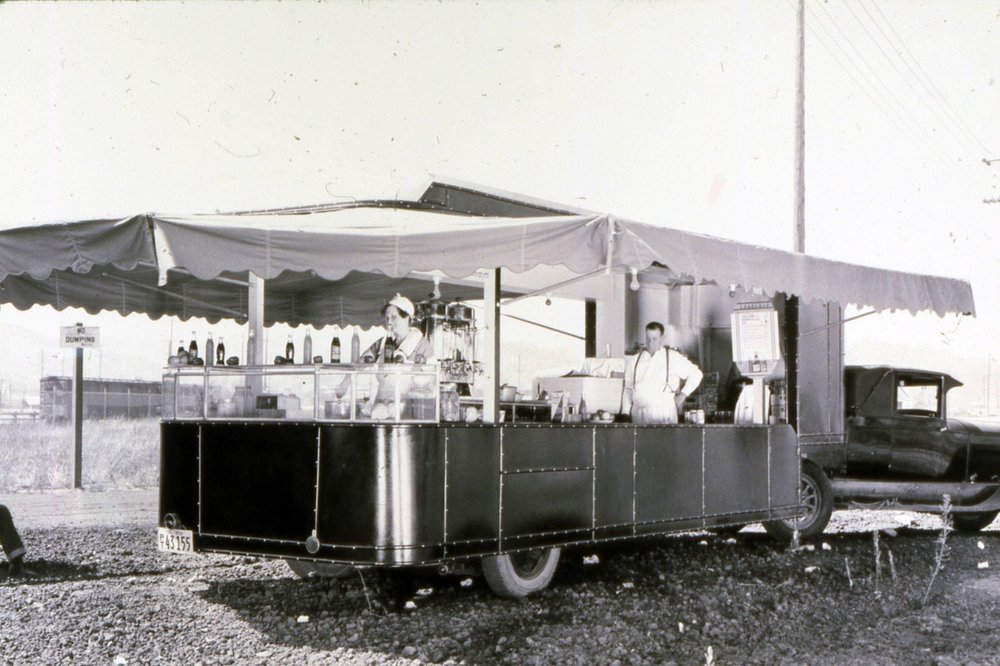 Food Trailer aaa santa monica 1938 copy.jpeg