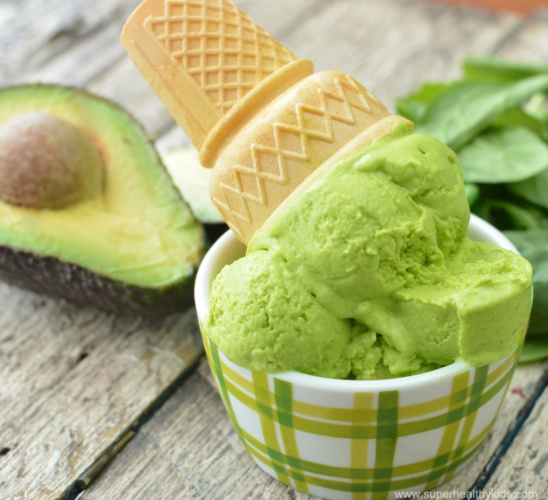 avocado ice cream (1).jpg