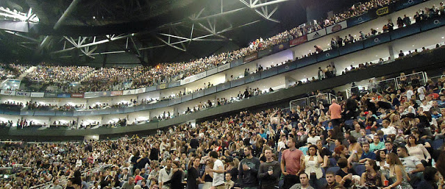o2+arena+audience.jpg