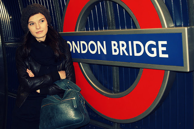 London+bridge+tube.jpg