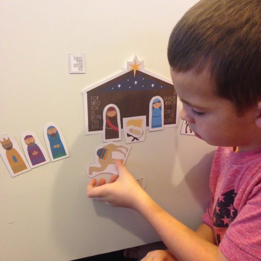 Magnetic Nativity Paper Playset