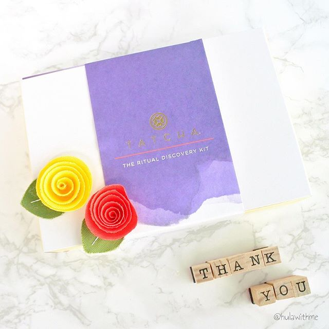 🌟 5 Days Left // 500-Followers Celebration Giveaway 🌟 --- ❤️ Thank you so much for all of your support & love!!! 😄 If you've been following my blog & IG feeds, you know I'm a huge fan of @Tatcha! So it's only fitting that I celebrate this IG milestone with you by giving away this super luxe Tatcha Ritual Discovery Kit. --- ❤️ This kit is a great way for you to try this lovely and luxurious Japanese-inpsired beauty brand & it includes one of my faves - the Camellia Cleansing Oil. --- 💡 For entry & prize details, visit the blog at  . Link is in bio. ---------------------------------------------------- #thankyou #letscelebrate #beautygiveaway