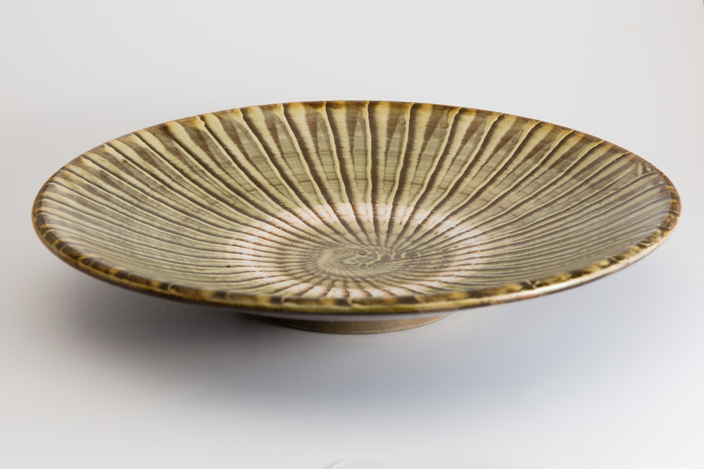 Medium Green Plate with Brush Marks : gallery tableware - pezcame.com
