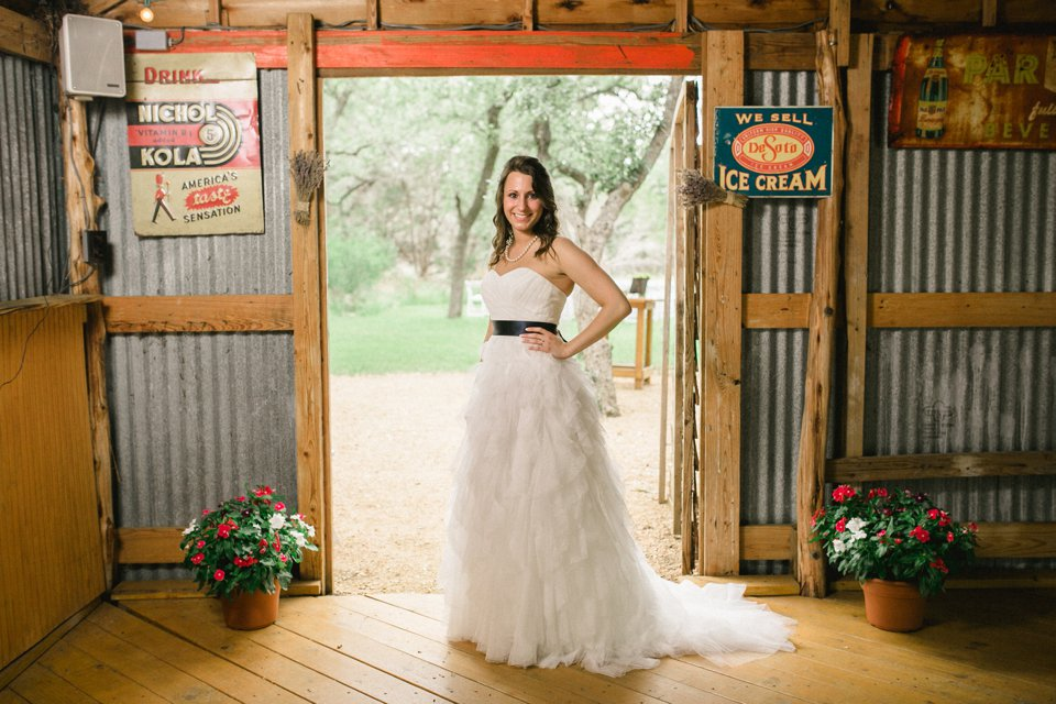 Wildflower_Barn_Wedding_Photography-014.JPG