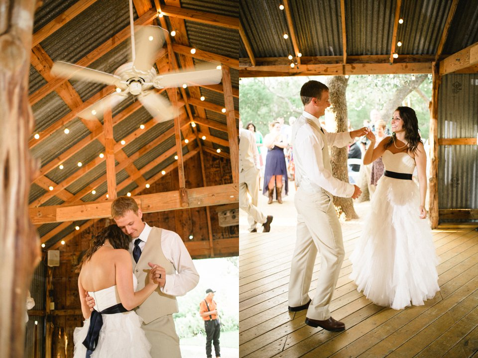 Wildflower_Barn_Wedding_Photography-058.JPG