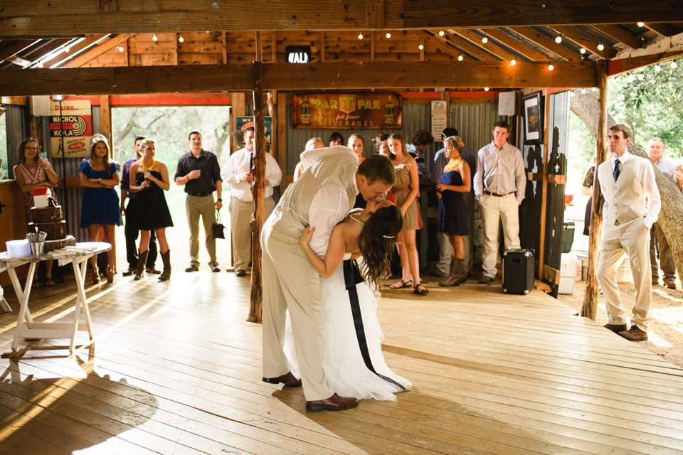 Wildflower_Barn_Wedding_Photography-059.JPG