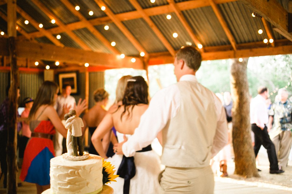 Wildflower_Barn_Wedding_Photography-060.JPG