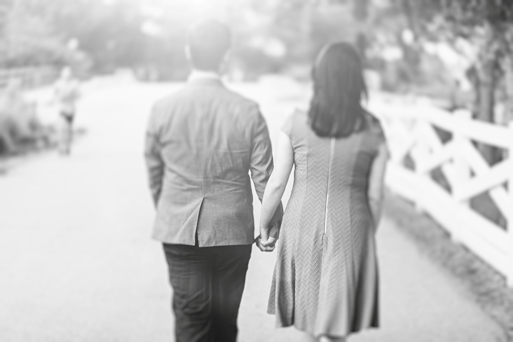 Lincoln_Park_Engagement_Photography-008.jpg