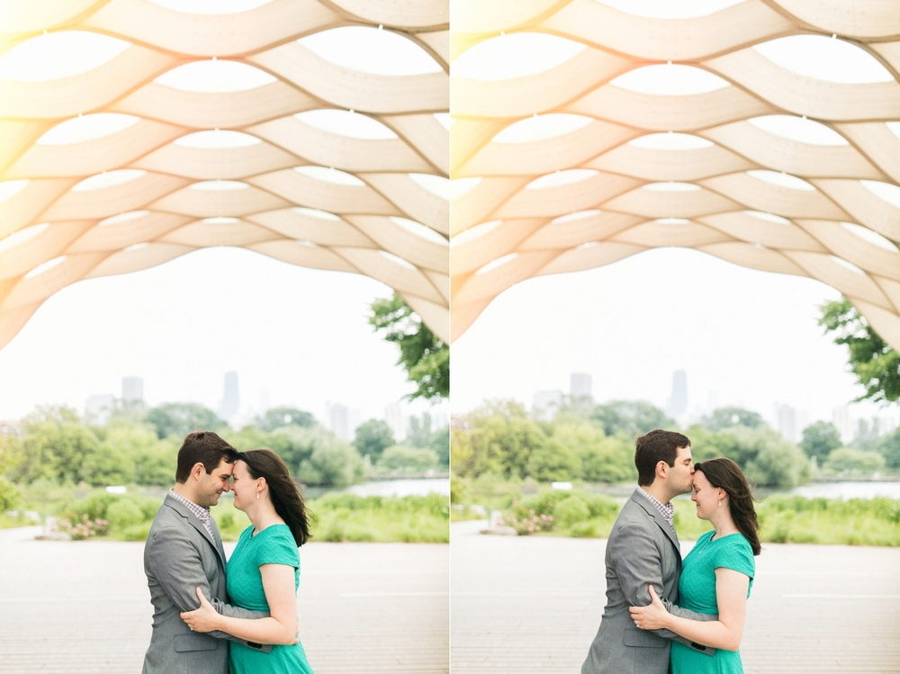 Lincoln_Park_Engagement_Photography-020.jpg