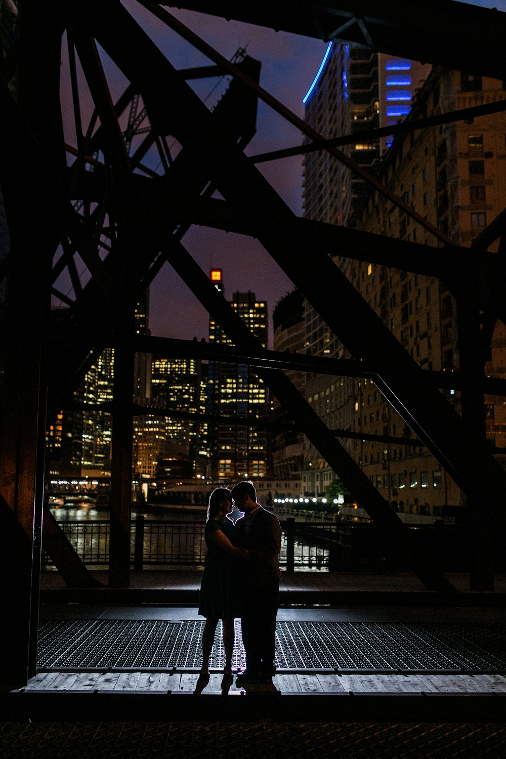 Lincoln_Park_Engagement_Photography-029.jpg