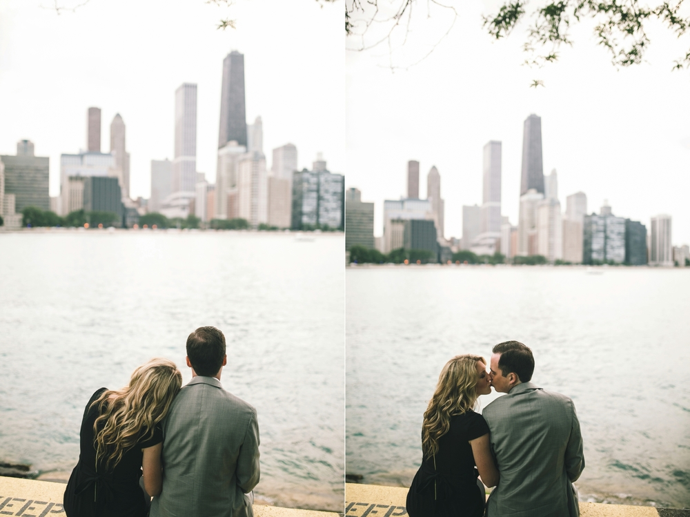 Downtown-Chicago-Engagment-Photography-034.jpg