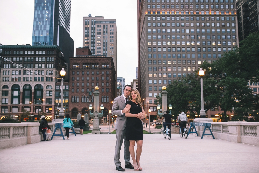 Downtown-Chicago-Engagment-Photography-053.jpg