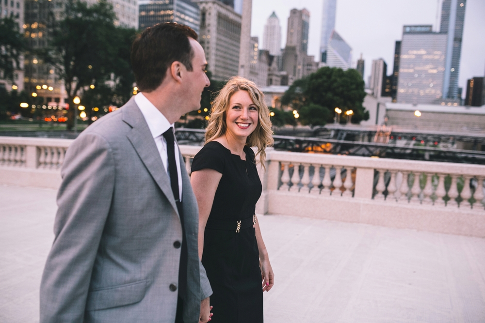 Downtown-Chicago-Engagment-Photography-062.jpg