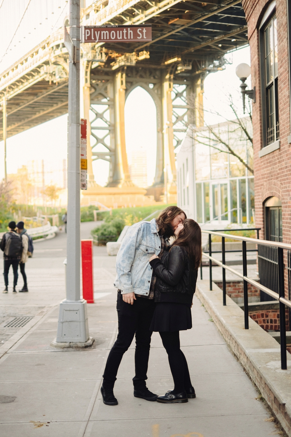 DUMBO-Brooklyn-Engagement-Photography-037-nyc.jpg