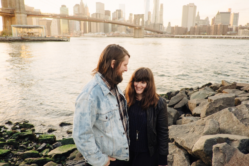 DUMBO-Brooklyn-Engagement-Photography-065-nyc.jpg