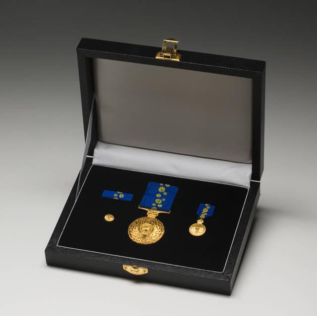 OAM Medal box 4.jpg