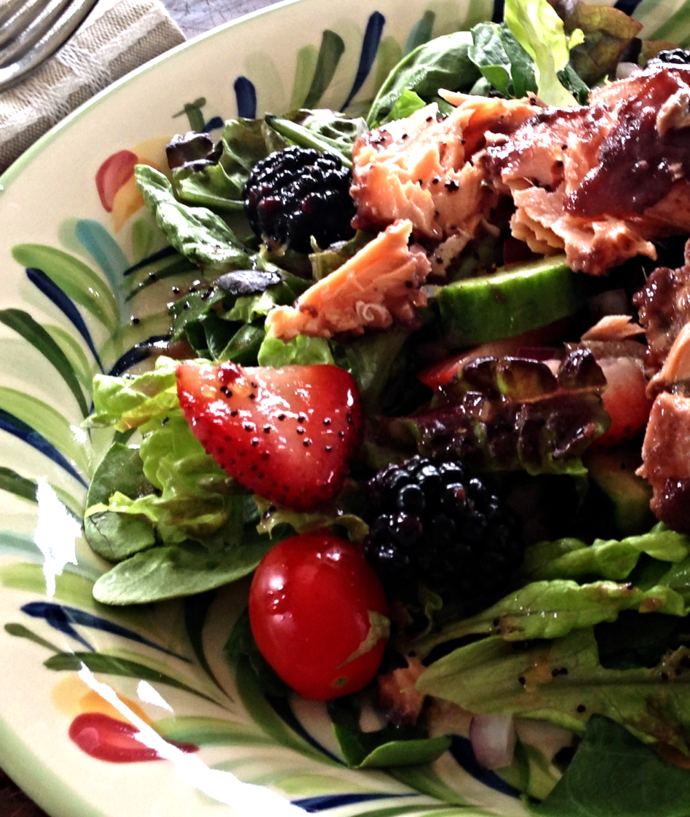 Blackberry Salmon Salad Recipe