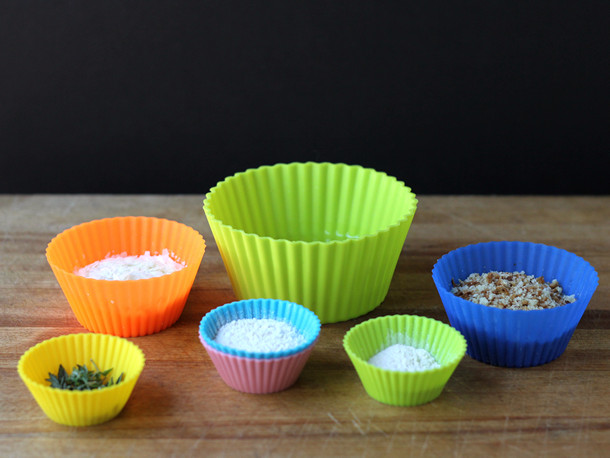 silicone muffin cups.jpg