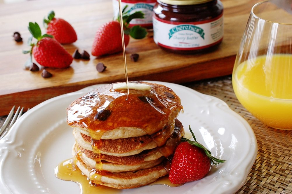 strawberry choco chip pancakes.jpg