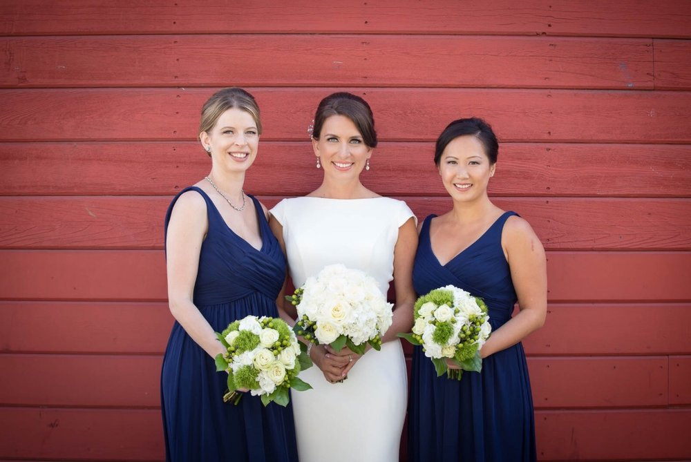 Laura and her bridesmaids.jpg