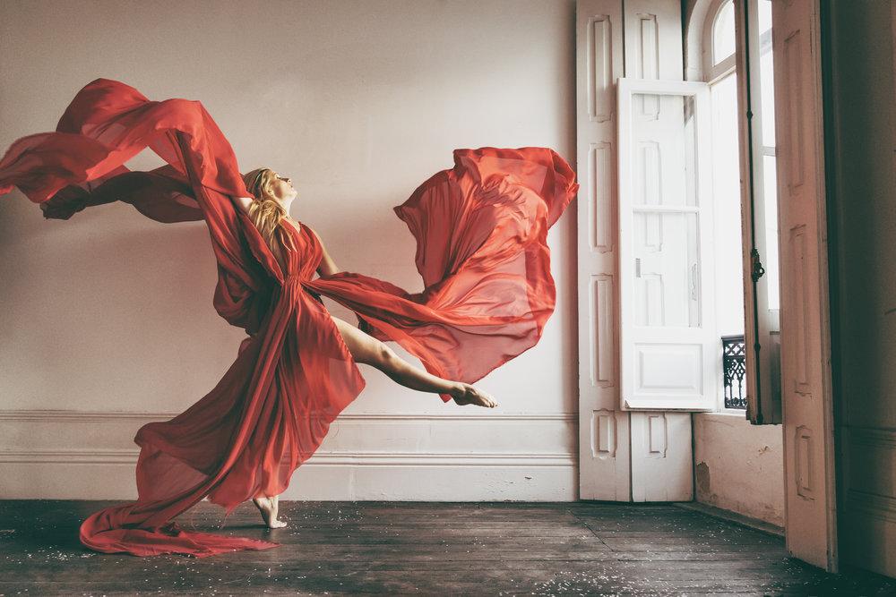 Dancer Portrait saracorreiaphotography.jpg