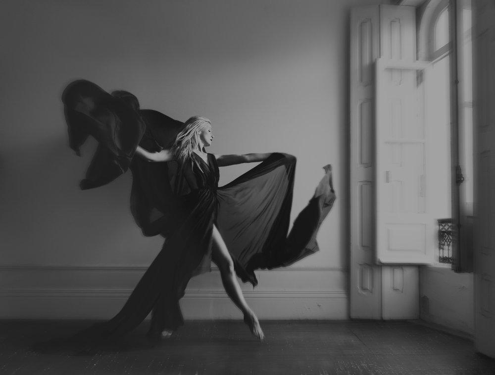 portrait bnw dancer sara correia photography005.jpg