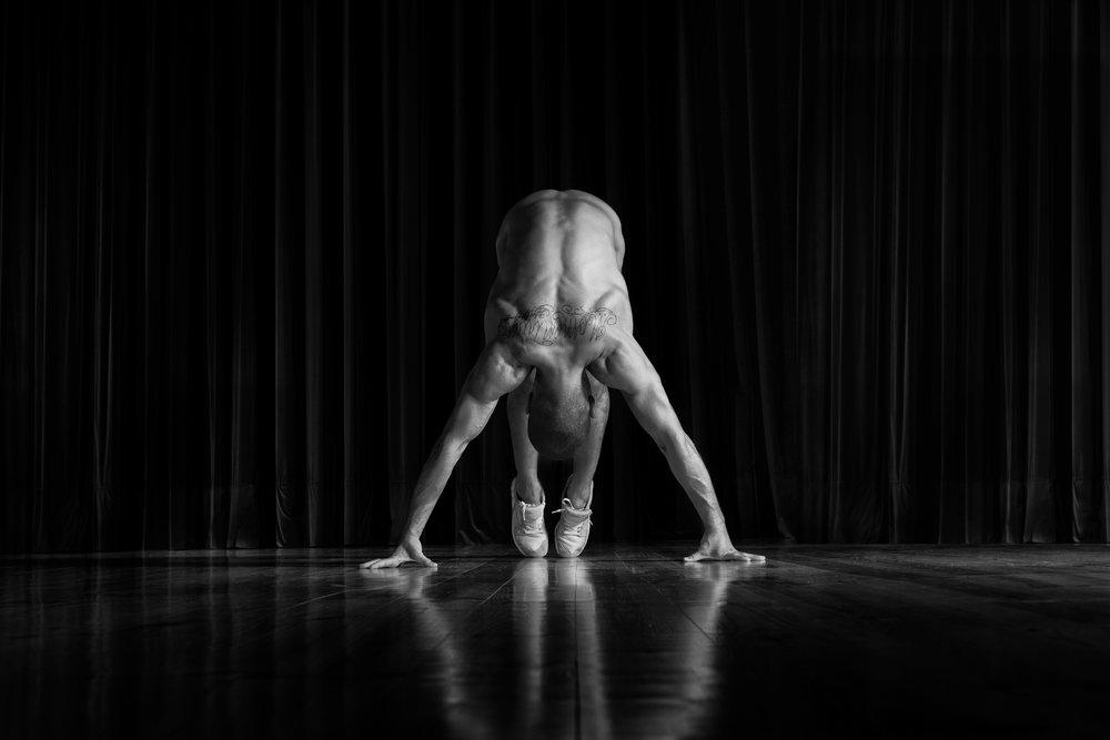 portrait bnw dancer sara correia photography009.jpg