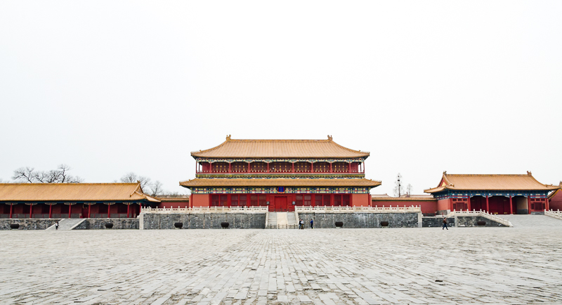 This is a one of the big squares in the Forbidden City, but there are also some smaller courtyards with fountains and other water features, trees and flowers. © jwamsterdam.com