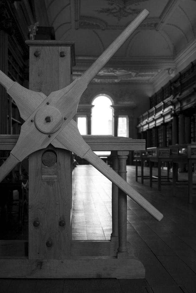 The replica of William Blake's star-wheel rolling press in Christ Church Upper Library. Photograph by David Stumpp.