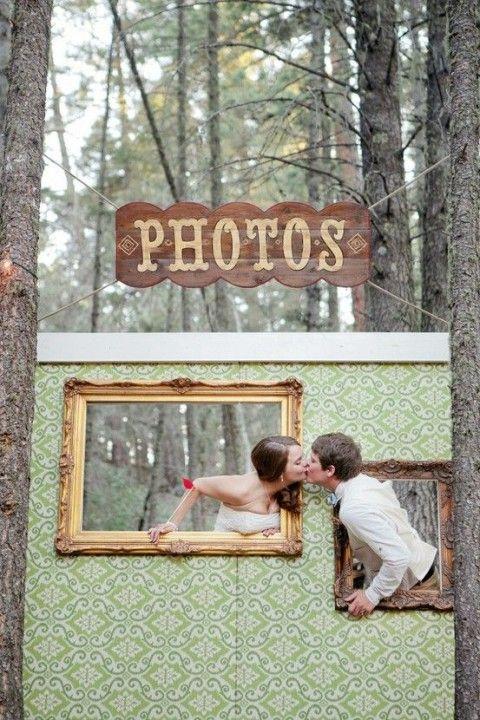 DIY Photo Booth | Ma Maison Blog