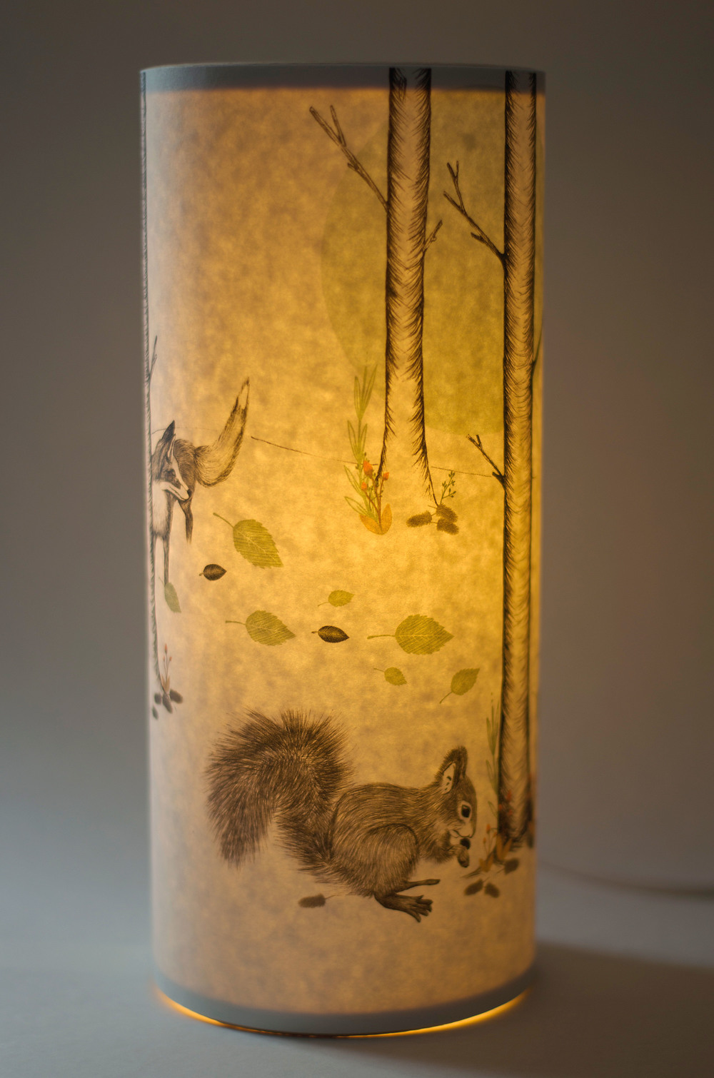 ... Woodland Medium Lamp Lit ...