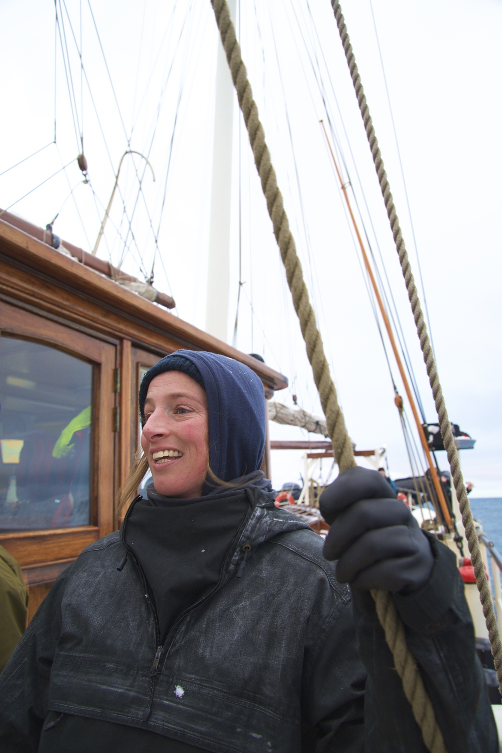 Annick, First Mate
