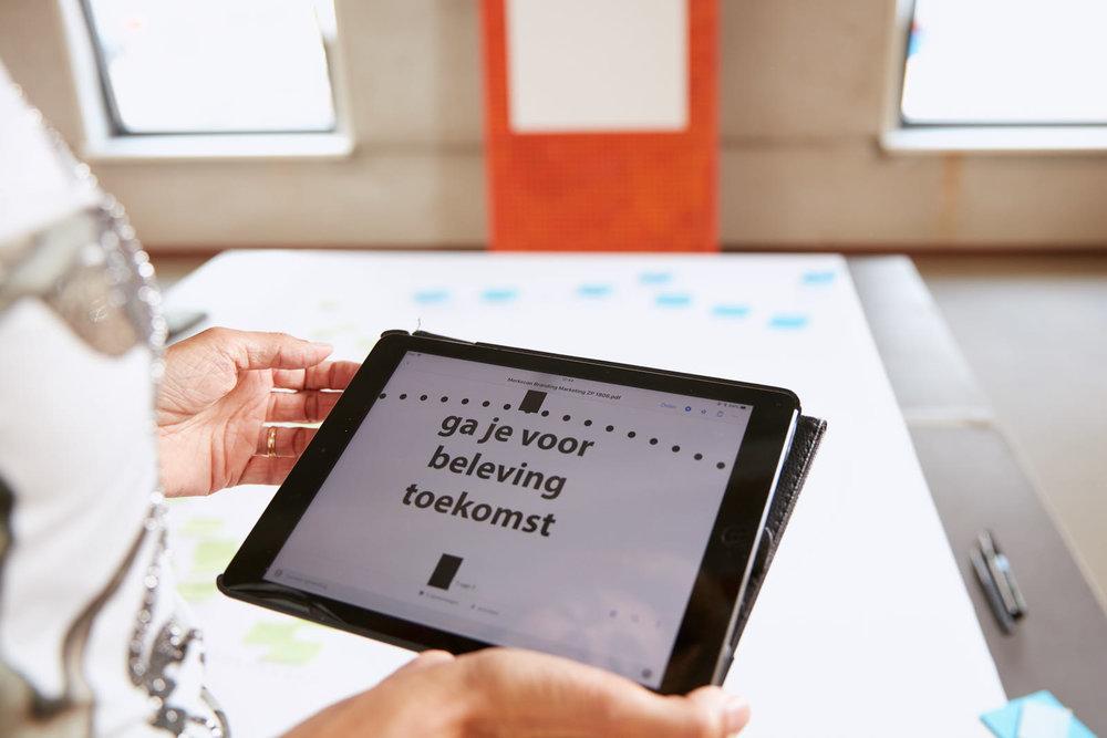 Become a brand - Boost your brand strategie4 uur fotograferenOnbeperkte locatiesOnbeperkte aantal kledingwisselsPost session review>120 images(Minimaal 4 maanden content)1999,- exclusief BTW