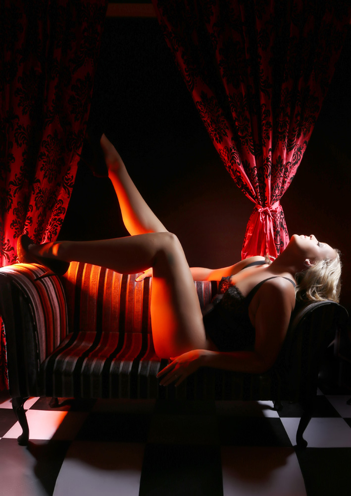 luxury-burlesque-experience-manchester-makeover-photoshoots_017.jpg