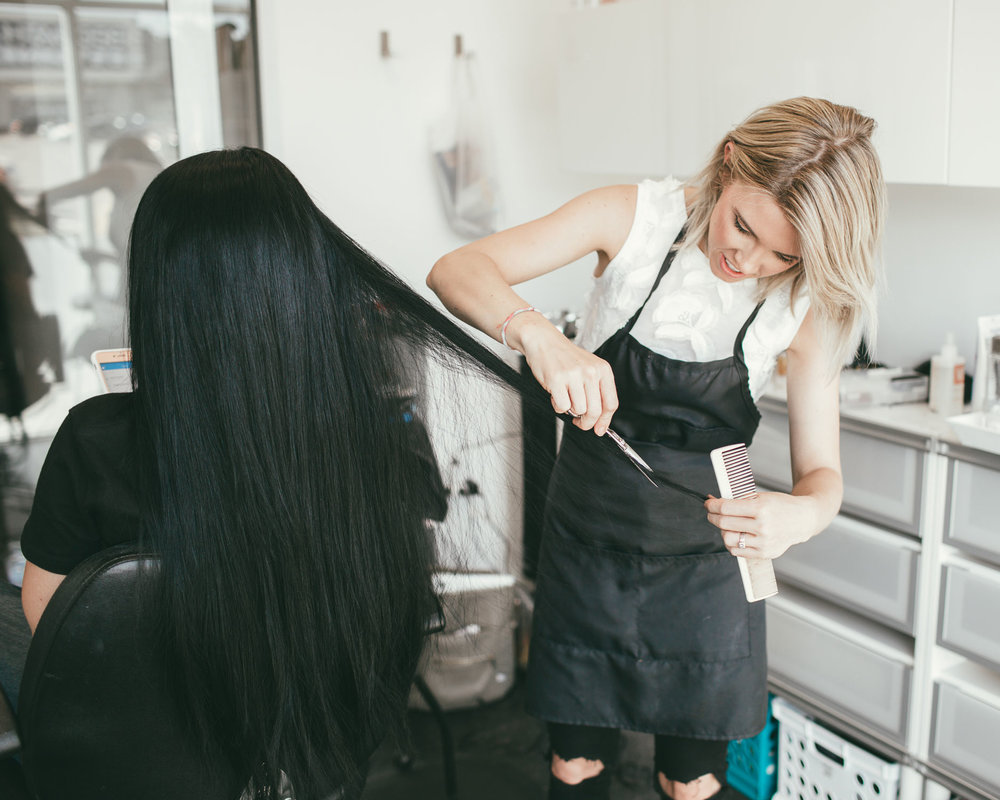 Perfect For Any Install - Bohyme Seamless Weft™ allows a stylist greater creativity and control to add length, highlights, and volume, custom-tailored to each client.