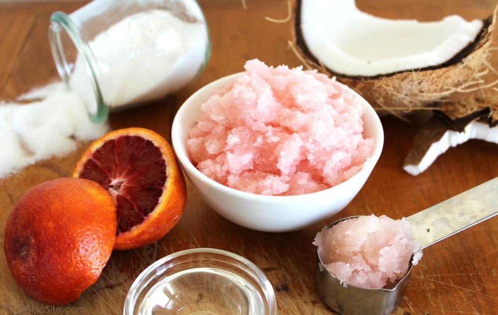 Pink-Sugar-Scrub-DIY-TheChic.jpg