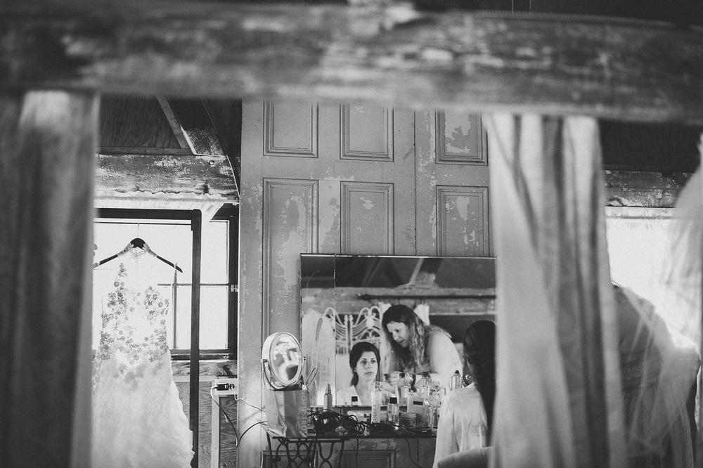 08-bride-and-styleist.jpg