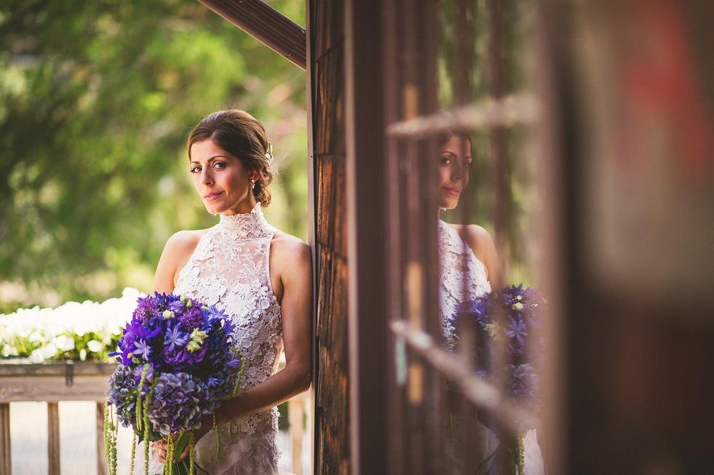35-rustic-bride-portraits.jpg