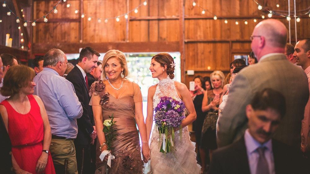 52-bride-and-mom-bloopers.jpg