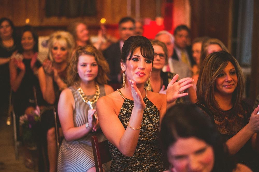 64-wedding-guests-applaed.jpg