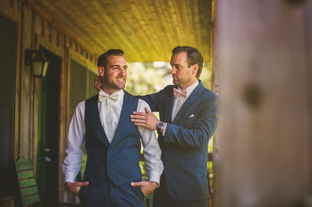 12-groom-and-best-man.jpg