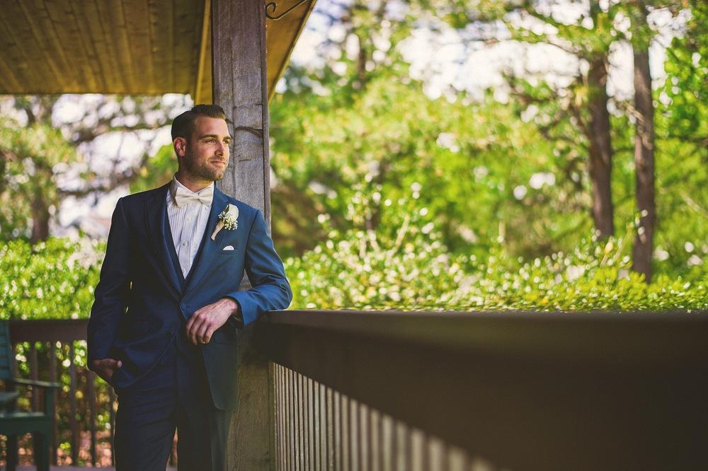 13-smithville-groom-portraits.jpg