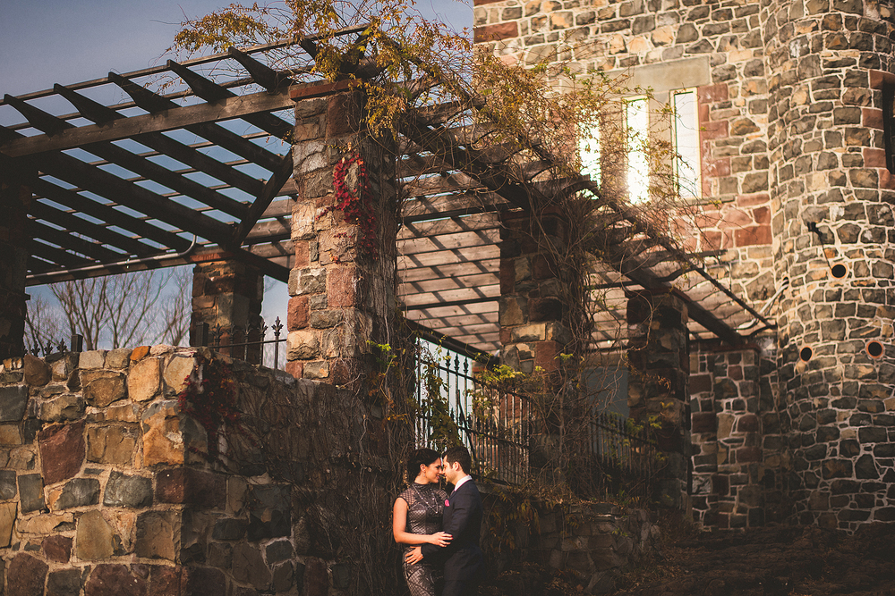 04-lamberts-tower weddings.jpg