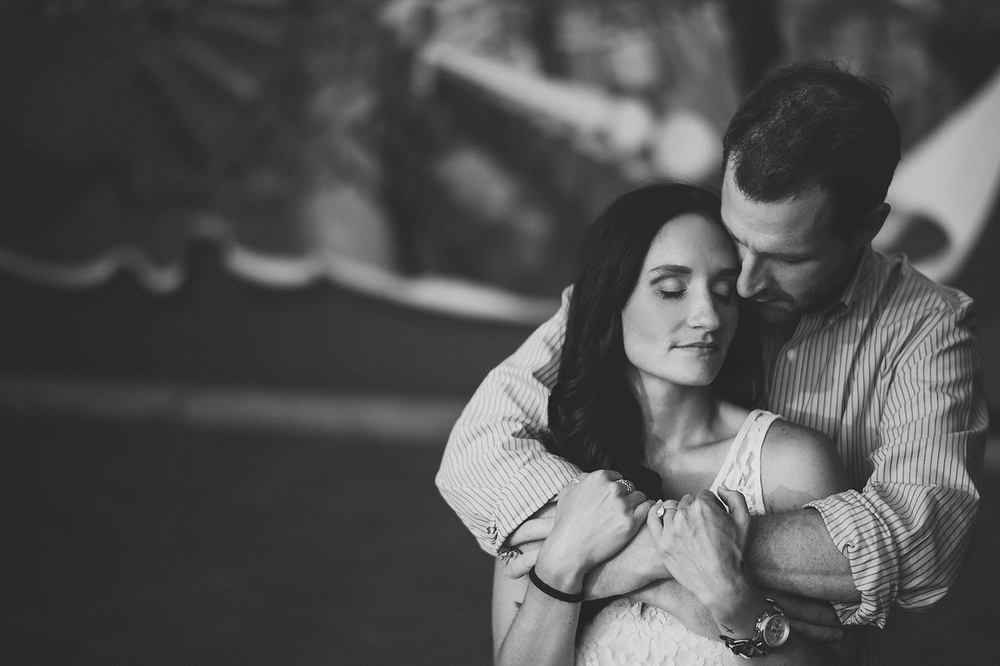 08-intimate-engagement-sessions copy.jpg