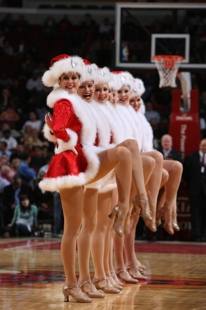 Rockette performance at Chicago Bulls game