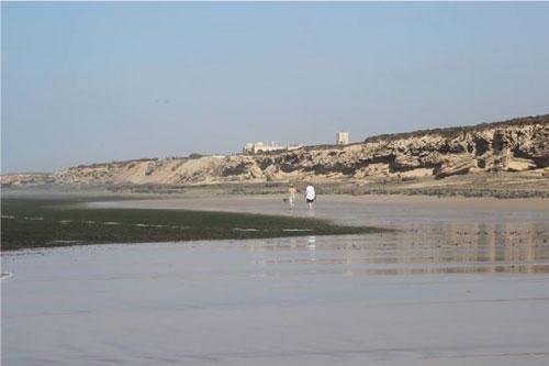 kendra-pilates-morocco-beach